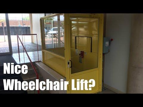 Surprisingly Nice Wheelchair Lift @ 1770 1st St - Highland Park, IL