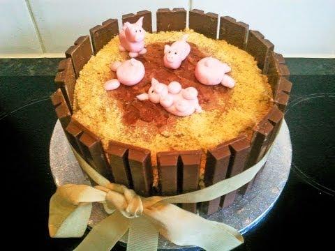 Pigs In Mud Cake - Novelty Cake