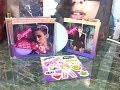 Miley Cyrus: Bangerz Deluxe Edition Album Review/Unboxing - Rose Cover with Stickers and Poster
