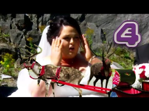 Will This Bride Like Her Christmas-Themed Summer Wedding?? | Don't Tell the Bride Ireland