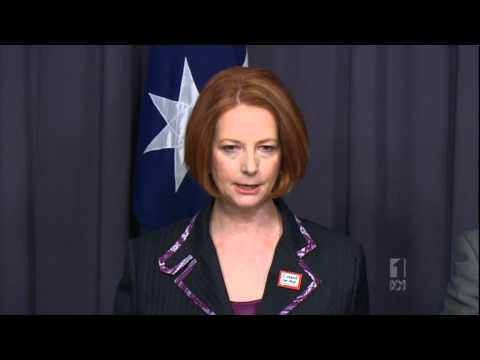 Labor Plans Bridging Visa for Illegal Boat People 13.10.2011 ABC News