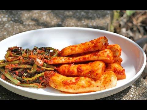 PONYTAIL RADISH KIMCHI (CHONG GAK KIMCHI) 총각김치 - Crazy Korean Cooking