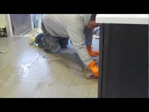 Time lapse install  large format tile on Schluter Ditra