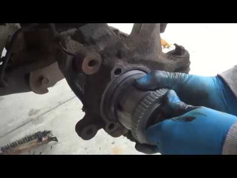 1999 Jeep Grand Cherokee Laredo: Axles/CV Joints & Wheel Bearings