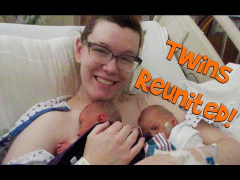 HOLDING BOTH TWINS FOR THE FIRST TIME! (Day 142)