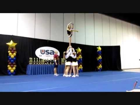 Advanced Stunt Group at Nationals
