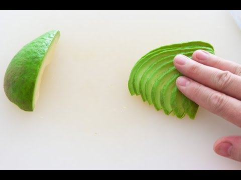 How to fan an avocado like a PRO!