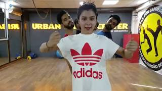BUZZ | Aastha Gill & Priyank Sharma Dance rehearsals