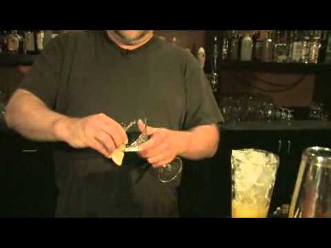 How to Make a Lemon Drop Martini