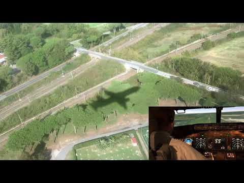 Final approach to Pisa, Boeing 737-800, F40 landing.