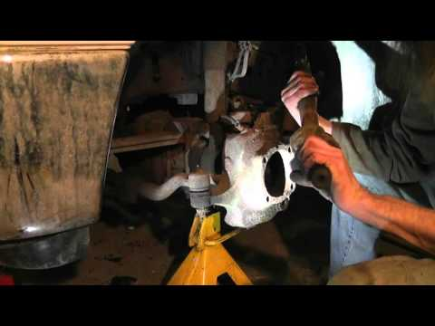 F350 4WD Upper and Lower Ball Joint Replace