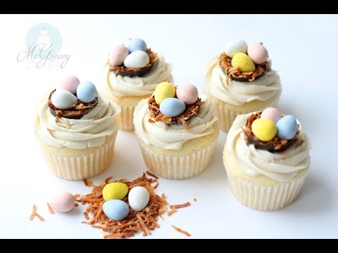 Making SUPER easy, Easter Egg Cupcakes!
