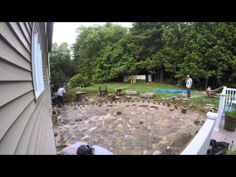 How to Install a 500 sq ft Techo-Bloc Athena Paver Patio in 2 min - time lapse video