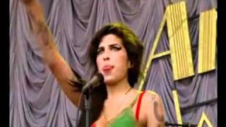 Amy Winehouse - Monkey Man (Live Glastonbury 2007)