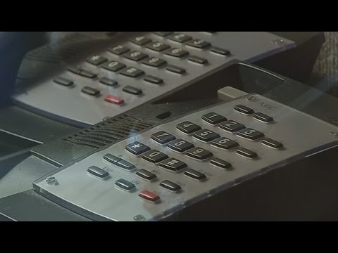 Dialing wrong number saves dozens from IRS phone scam