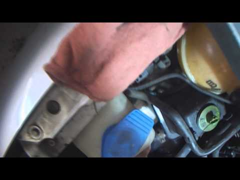VW A4: 2.0L water pump test before & after removal