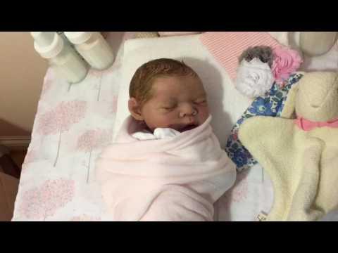 Newborn Baby's 1st Diaper Change 🎀