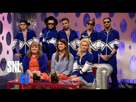 Girlfriends Talk Show with Amy Adams and One Direction - SNL