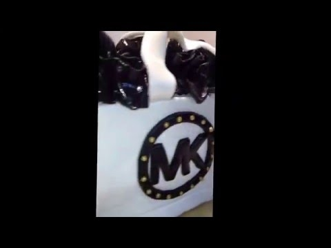 How to do a Michael Kors shopping bag Cake . #Cakebossofchester also on Fb and IG