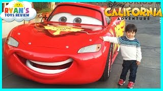 GIANT LIGHTNING MCQUEEN and Amusement Rides for Kids at Disneyland