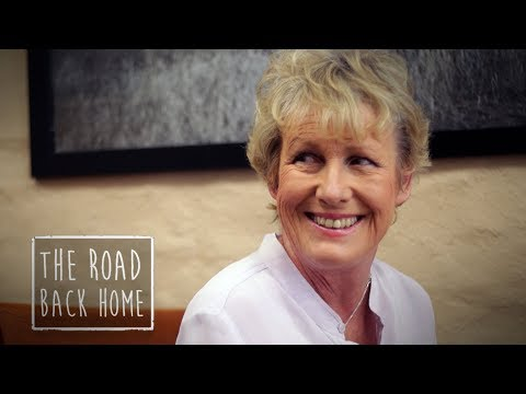 The Road Back Home - Heather Ewart: Murchison, VIC