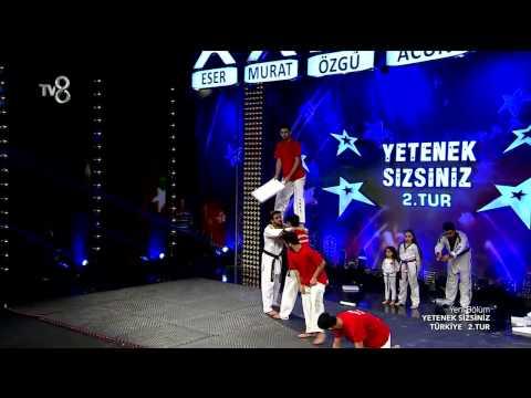 Yetenek Sizsiniz Taekwondo Show Time'ın 2.Tur Performansı (6.Sezon 41.Bölüm)