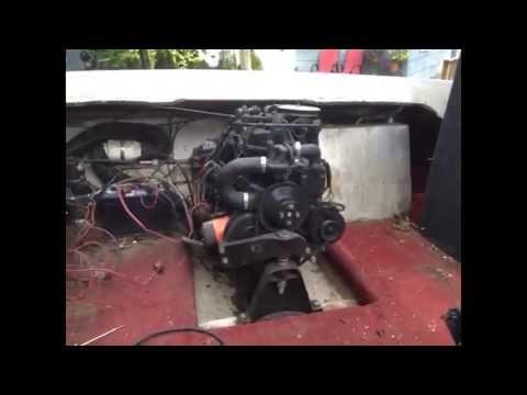 89 Bayliner Avanti Restoration - got engine going
