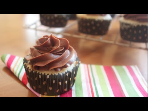 How to  make Vanilla Cupcakes with a Nutella Buttercream Frosting