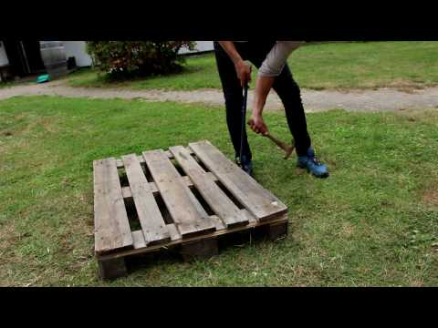Building a pallet coffee table