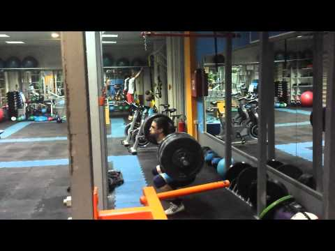 Pause squat 152.5kg