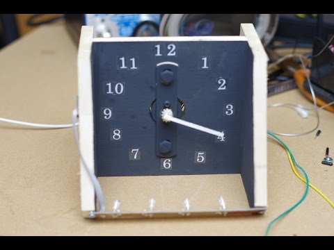 Single handed LED POV clock