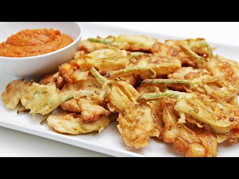 How to Make Fried Zucchini Blossoms (Zucchini Flower Fritters)