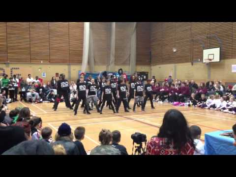 IMD dance crew at Step Up and Groove 2013