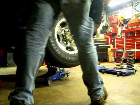 95 Dodge 2500 installing heavy duty leveling springs and shocks