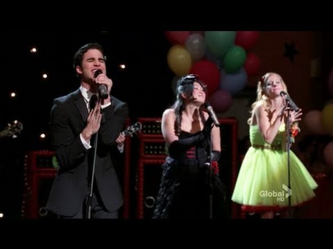 GLEE - I'm Not Gonna Teach Your Boyfriend How To Dance With You (Full Performance)
