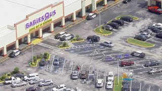 Woman Stabbed By Husband In Babies R Us Parking Lot