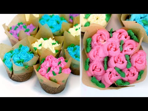 EASY Flower Bouquet Cupcakes for Mother's Day   Russian Flower Piping Tips Tutorial   RECIPE
