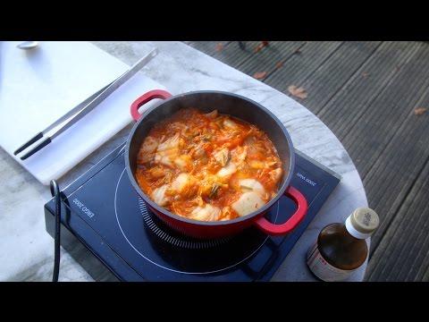 Easy 3 Ingredient Kimchi Stew