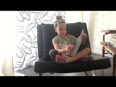 Gwen's World - Book Review - A Book With No Pictures