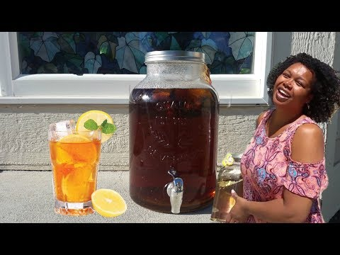 HOW TO MAKE SUN TEA ICED TEA | DELICIOUS