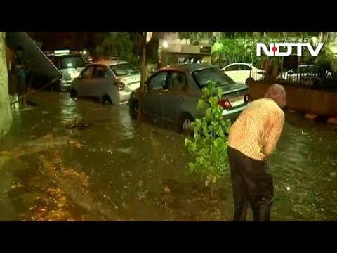 मुंबई में भारी बारिश के आसार