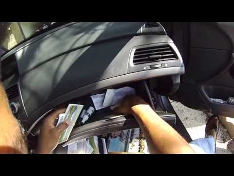 how to change 2010 honda accord air cabin filter