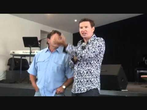 Torn arm tendon healing during corporate prayer - John Mellor Ministries