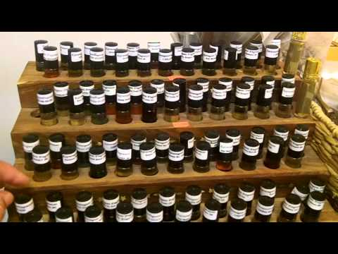 Perfume body oils Wholesale Stand