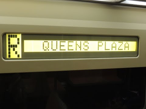 NYC Subway R Trains Turning @ Queens Plaza