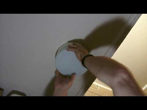 How to change a light bulb, 240 volt bayonet