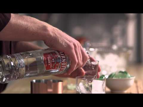 How to Make a Classic Moscow Mule with Smirnoff Vodka at Home