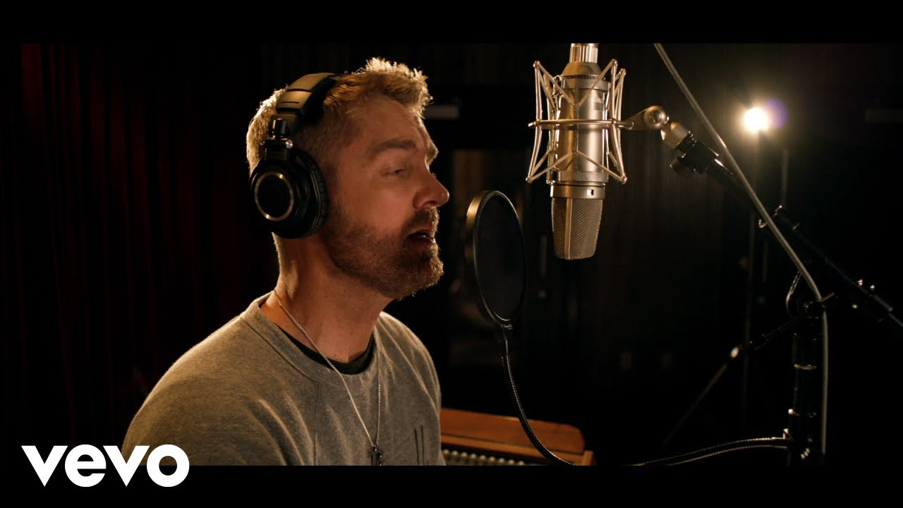 Chris Lane - Take Back Home Girl (feat. Tori Kelly) - Acoustic