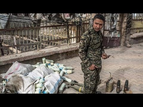 In Raqqa, Civilians Clear Explosives Left By ISIS