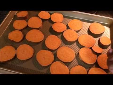 How to Roast Sweet Potato Rounds and Asparagus in the Oven - 21 Day Fix Approved